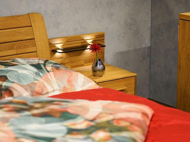 Proč právě postel z masivu a ne z laťovky, nebo z dřevotřísky